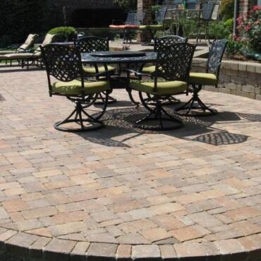 back yard patio (4)