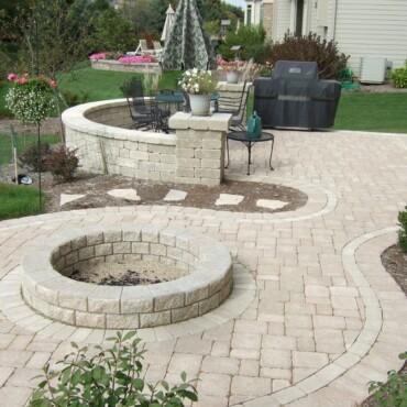back yard patio (5)